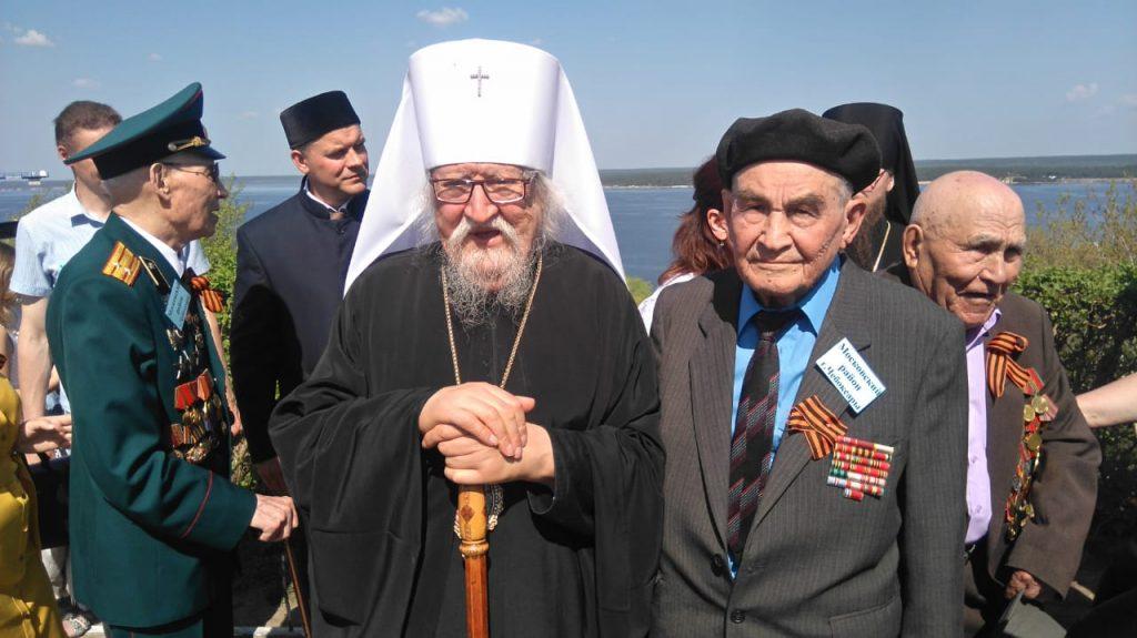 Митрополит Чебоксарский и Чувашский Варнава на встрече с ветеранами
