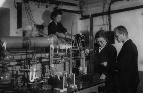 Прилежаева Наталья Александровна в лаборатории